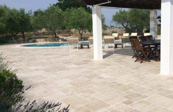 Pavimento in Pietra Apulia Rustica per Esterni